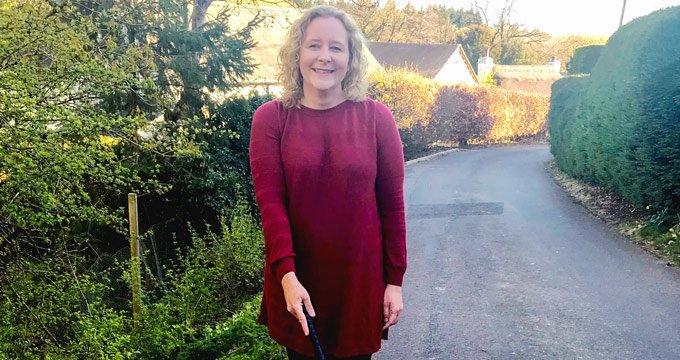 Liz-white-stick-charity-walking